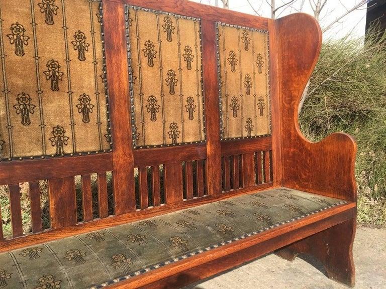 Scottish Rare Arts & Crafts Glasgow School Oak Settle with Stunning Original Fabric For Sale