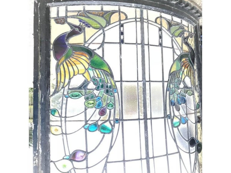 Rare Arts and Crafts Stained Glass Bow Fronted Window with Colourful Peacocks In Good Condition For Sale In London, GB