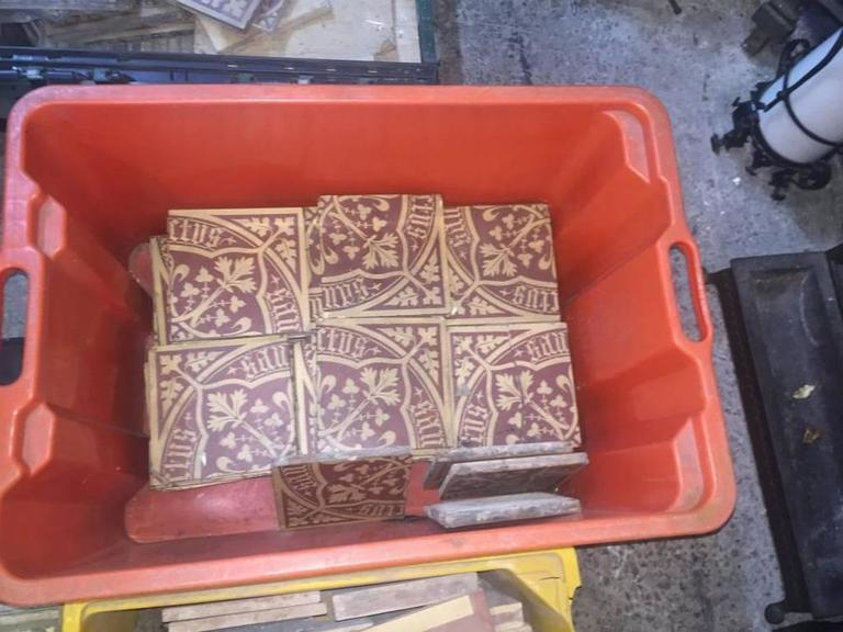 The Sanctus 250 Arts And Crafts Awn Pugin Tiles For Sale