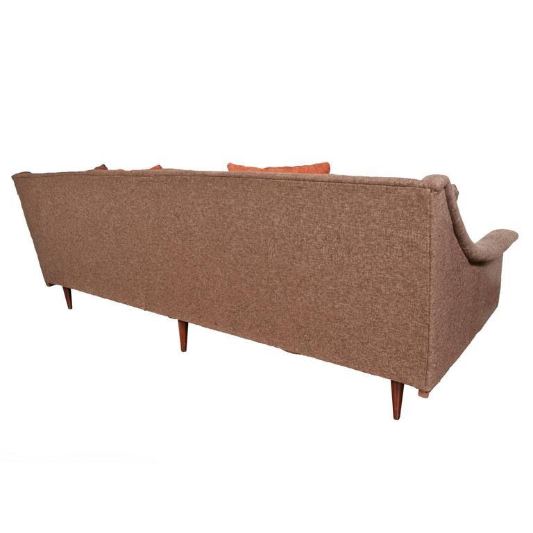 Selig Monroe Mid-Century Modern Brown Textured Sofa bei 1stdibs