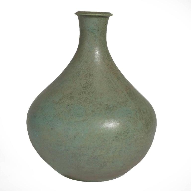 10 Diameter Ceramic Pot Blue And White
