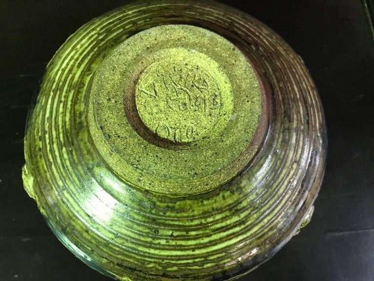 Stunning Otto and Vivika Heino Large Hand Thrown Ceramic Bowl For Sale 1