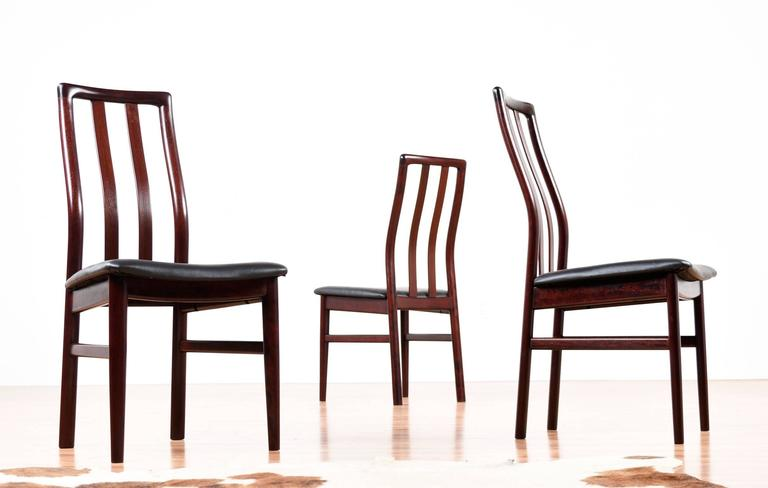 Danish Rosewood Dining Chairs - Slat High Back In Excellent Condition For Sale In Saint Petersburg, FL