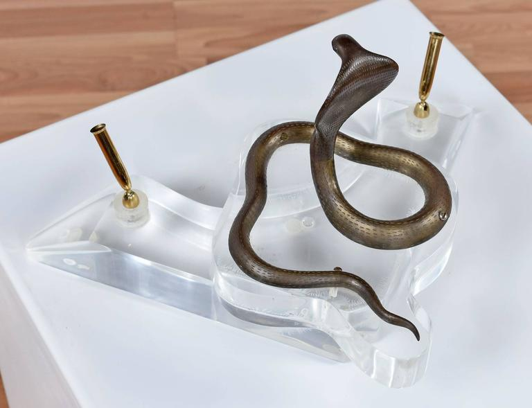Late 20th Century Vintage Brass and Lucite Cobra Snake Double Pen Caddy For Sale