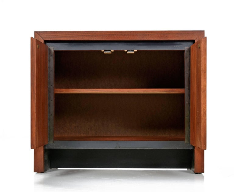 American Dillingham Esprit Walnut Commode Cabinet Nightstand, circa 1960s For Sale