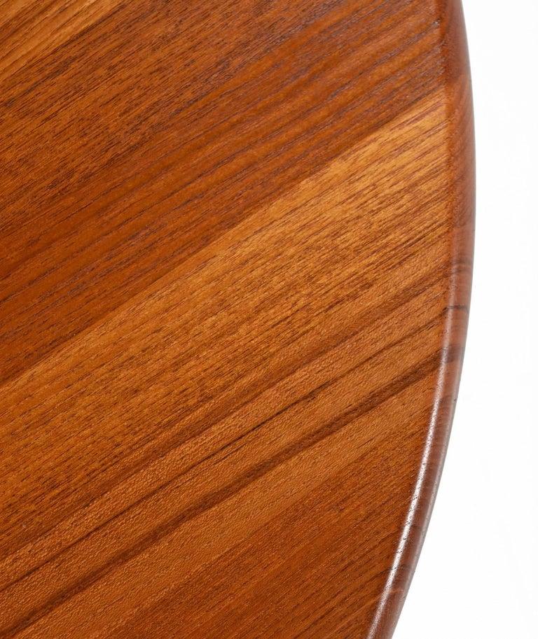 Solid Danish Modern Teak Round Pedestal Coffee Table For Sale 1