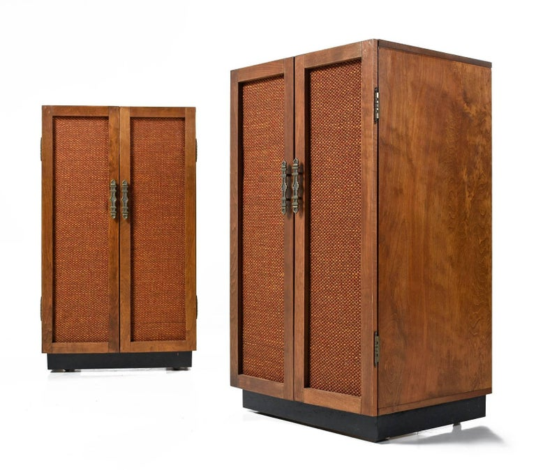 Mid-20th Century Massive Oak Cabinet Custom Made Speakers by Olson, 1960s For Sale
