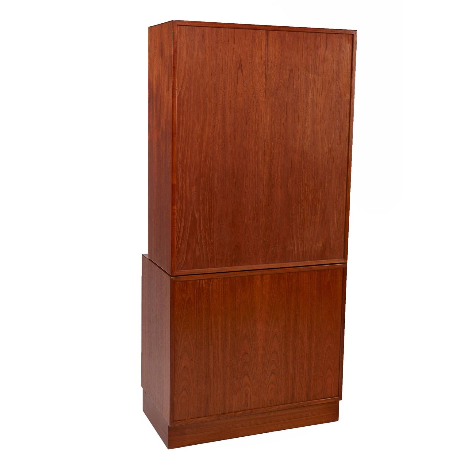 Danish Teak Bookshelf Hutch Cabinet By Lyby Mobler Circa 1950s For Sale At 1stdibs