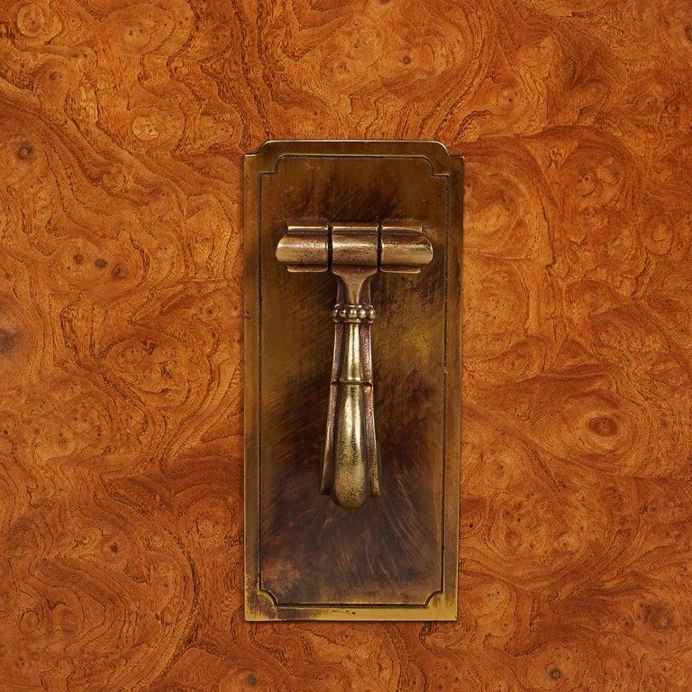 Mastercraft Nightstand End Tables Hollywood Regency Burl Wood & Brass For Sale 1