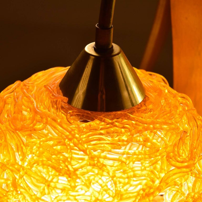 Mid-20th Century Scandinavian Modern Acrylic Spaghetti Globe Table Lamp, circa 1960s For Sale