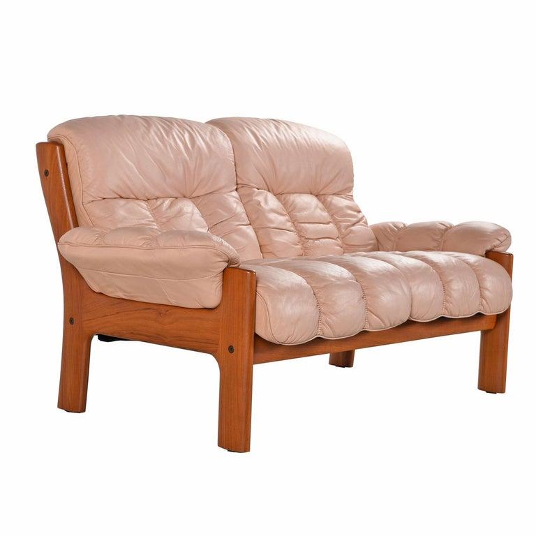 Pale Rose Ekornes Stressless Montana Solid Teak Loveseat Sofa