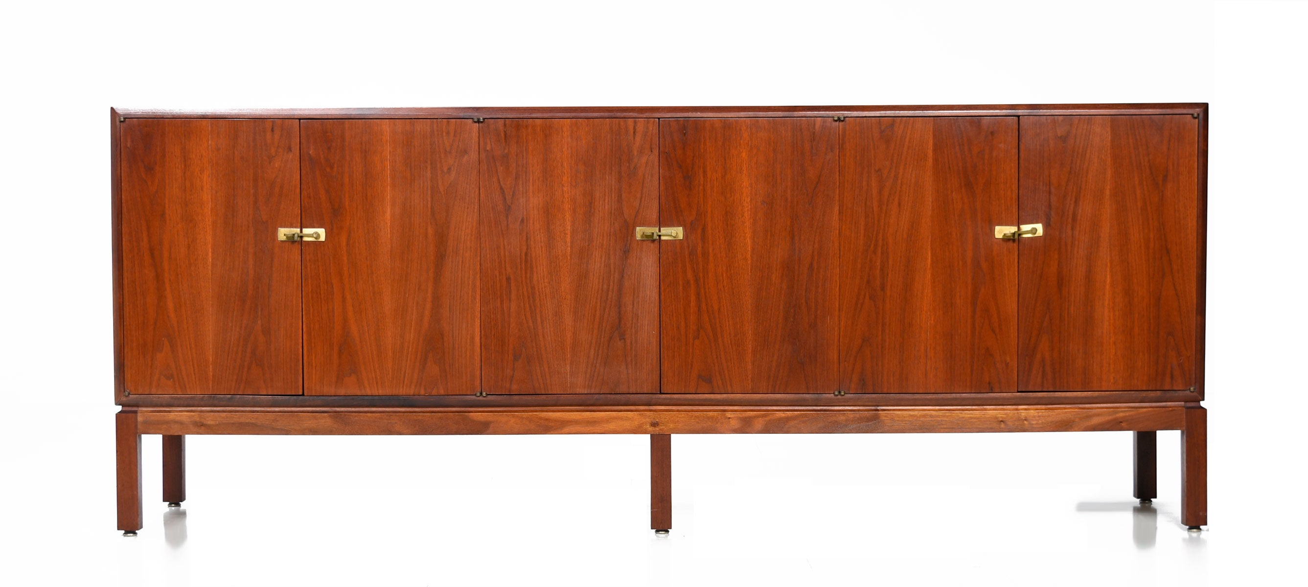 Foster Mcdavid Style Walnut Credenza With Brass Latches, 1960S At 1Stdibs