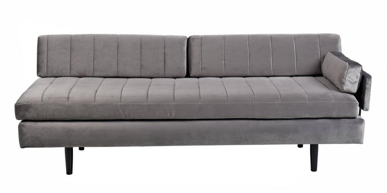 Custom-Made Modern Modular Grey Velvet Daybed Sofa In Excellent Condition For Sale In Saint Petersburg, FL