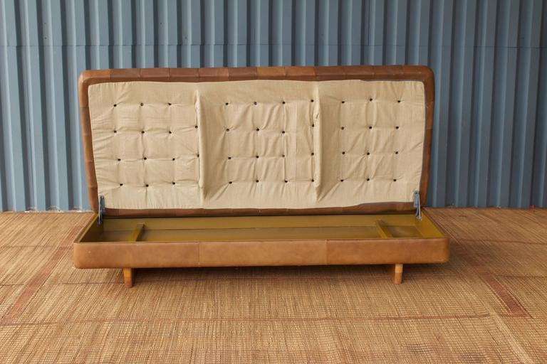 Surprising Vintage De Sede Tufted Storage Ottoman At 1Stdibs Forskolin Free Trial Chair Design Images Forskolin Free Trialorg