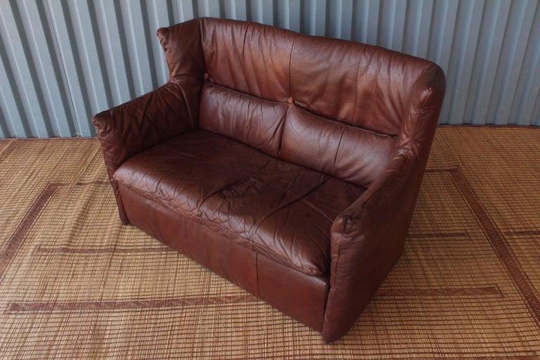 Gerard Van Den Berg Leather Loveseat, Netherlands For Sale 2