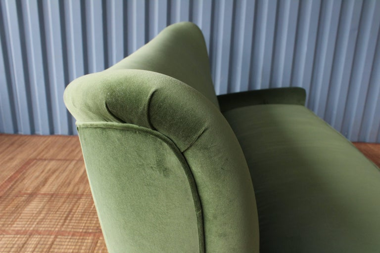 1950s Italian Wing Back Sofa For Sale 2
