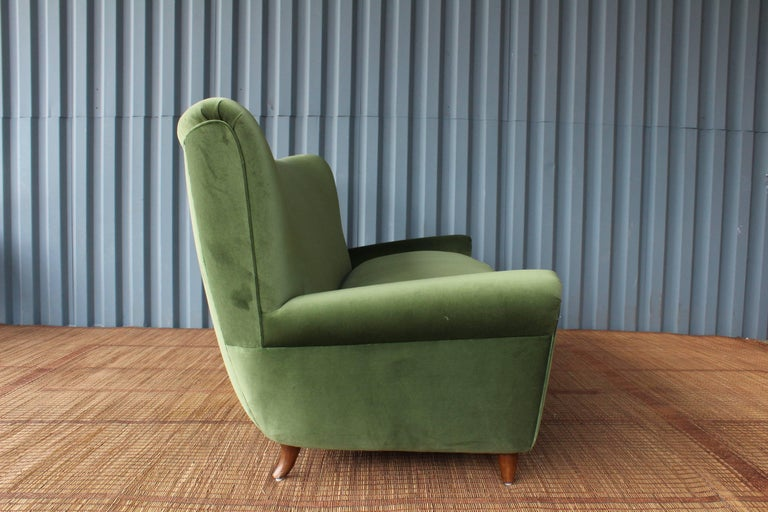 1950s Italian Wing Back Sofa For Sale 3