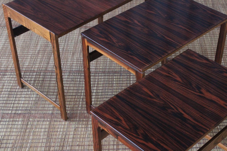 Set of Three Danish Nesting Tables in Rosewood In Excellent Condition For Sale In Los Angeles, CA