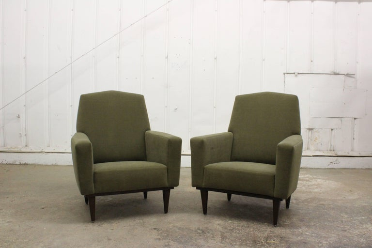 Pair of 1950s French Armchairs For Sale 3