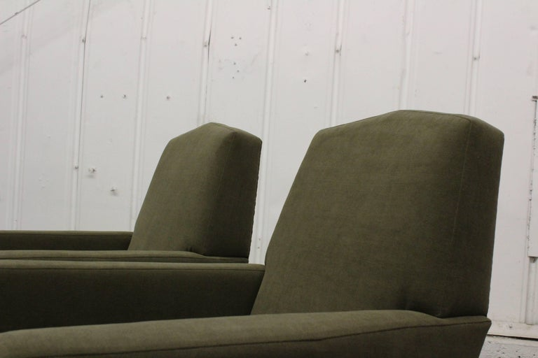 Pair of 1950s French Armchairs For Sale 4