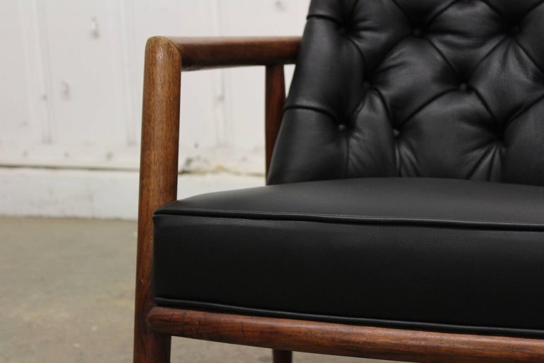 Armchair by T.H. Robsjohn-Gibbings In Good Condition For Sale In Los Angeles, CA