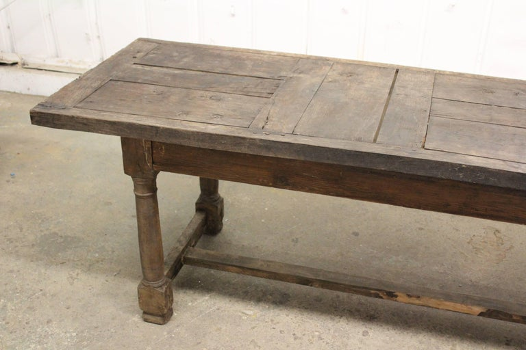 17th Century English Oak Refectory Table In Distressed Condition For Sale In Los Angeles, CA