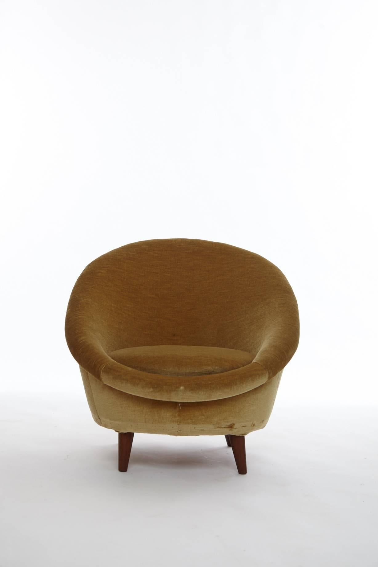 Mid Century Modern 1950s Norwegian Egg Chair For Sale