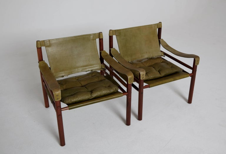 Pair of Green Leather Arne Norell 'Sirocco' Safari Chairs, Sweden, 1960s-1970s 1