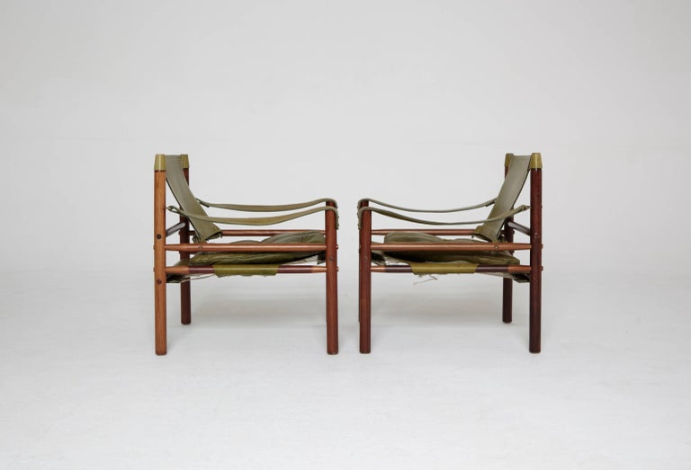 Pair of Green Leather Arne Norell 'Sirocco' Safari Chairs, Sweden, 1960s-1970s In Good Condition In London, GB