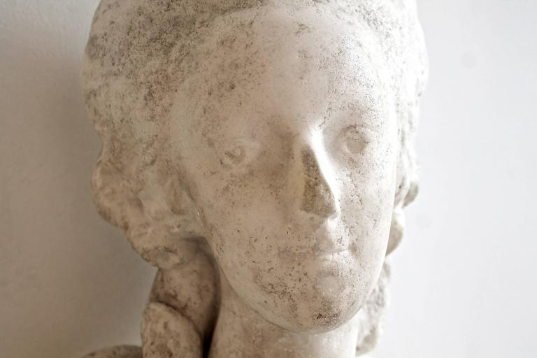 French 18th Century White Marble Bust of Queen Marie-Antoinette For Sale