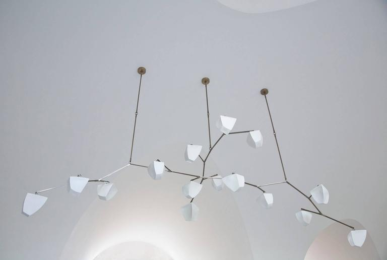 Cassiopeia 15 Porcelain and Brass Mobile Chandelier 3