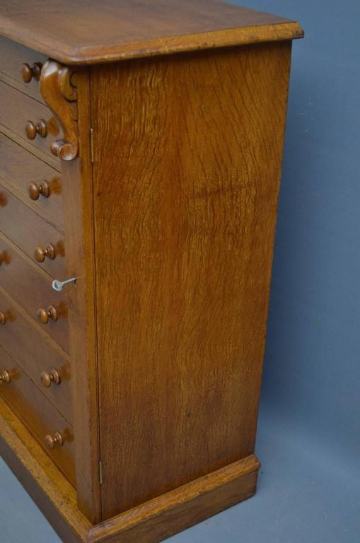 Victorian Oak Wellington Chest of Drawers 2