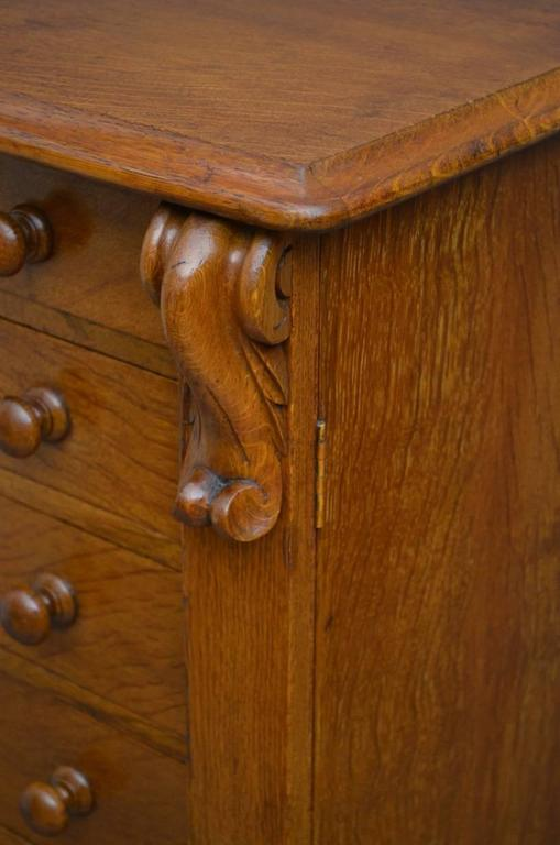 Victorian Oak Wellington Chest of Drawers In Excellent Condition In Whaley Bridge, GB