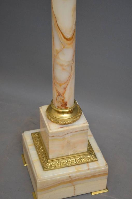 Early 20th Century Edwardian Marble Column For Sale