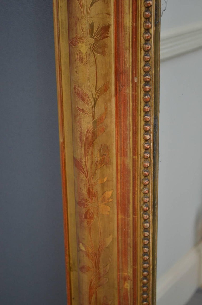 Exceptional 19th Century Wall Gilt Mirror For Sale 2