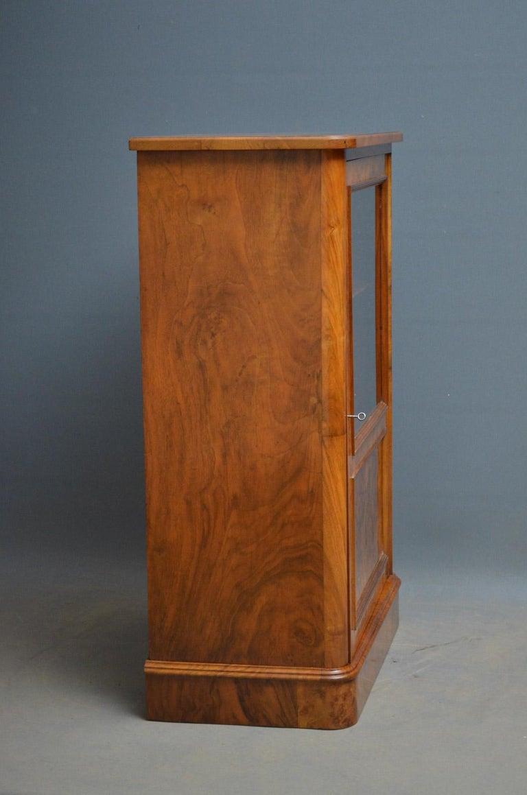 Elegant Victorian Burr Walnut Bookcase or Music Cabinet For Sale 2