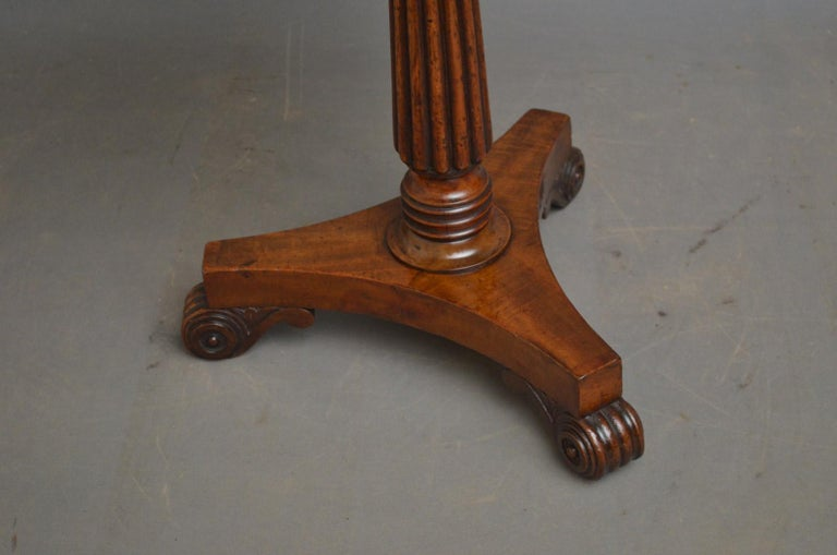 Early 19th Century Regency Coffee Table in Mahogany For Sale