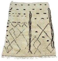Luxurious Deep Pile Ivory and Chocolate Beni Ouarain Hand Spun Wool Carpet