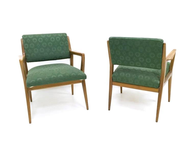 Pair of Solid Walnut Armchairs in the Style of Gio Ponti, Italy, 1950s 3