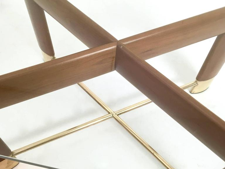 Walnut and Glass Coffee Table in the Style of Fontana Arte, Italy, 1970s For Sale 2