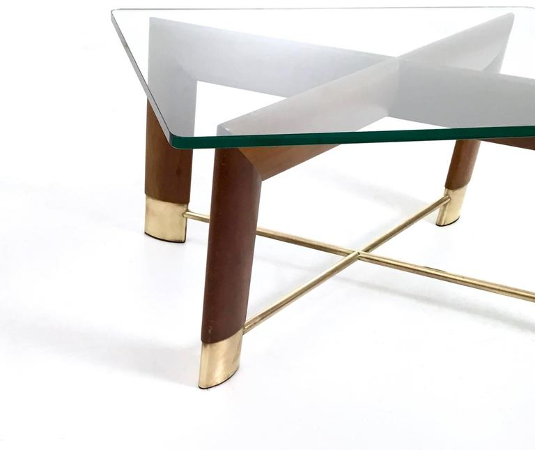 Walnut and Glass Coffee Table in the Style of Fontana Arte, Italy, 1970s For Sale 4