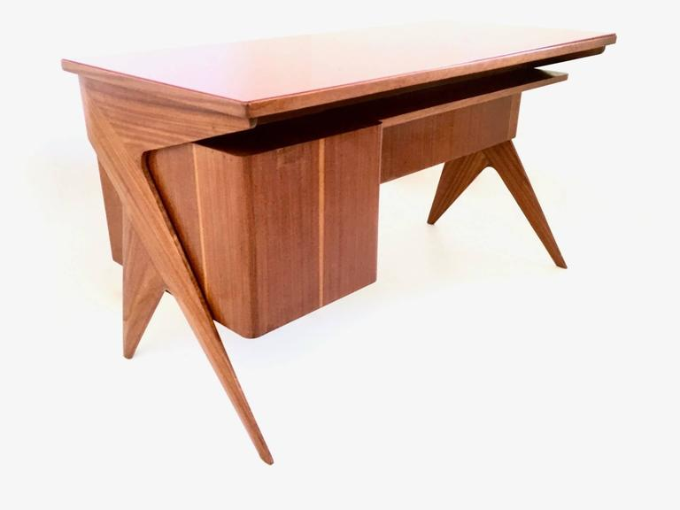 Mid-Century Modern Mahogany Writing Desk in the Style of Ico Parisi, Italy, 1950s For Sale