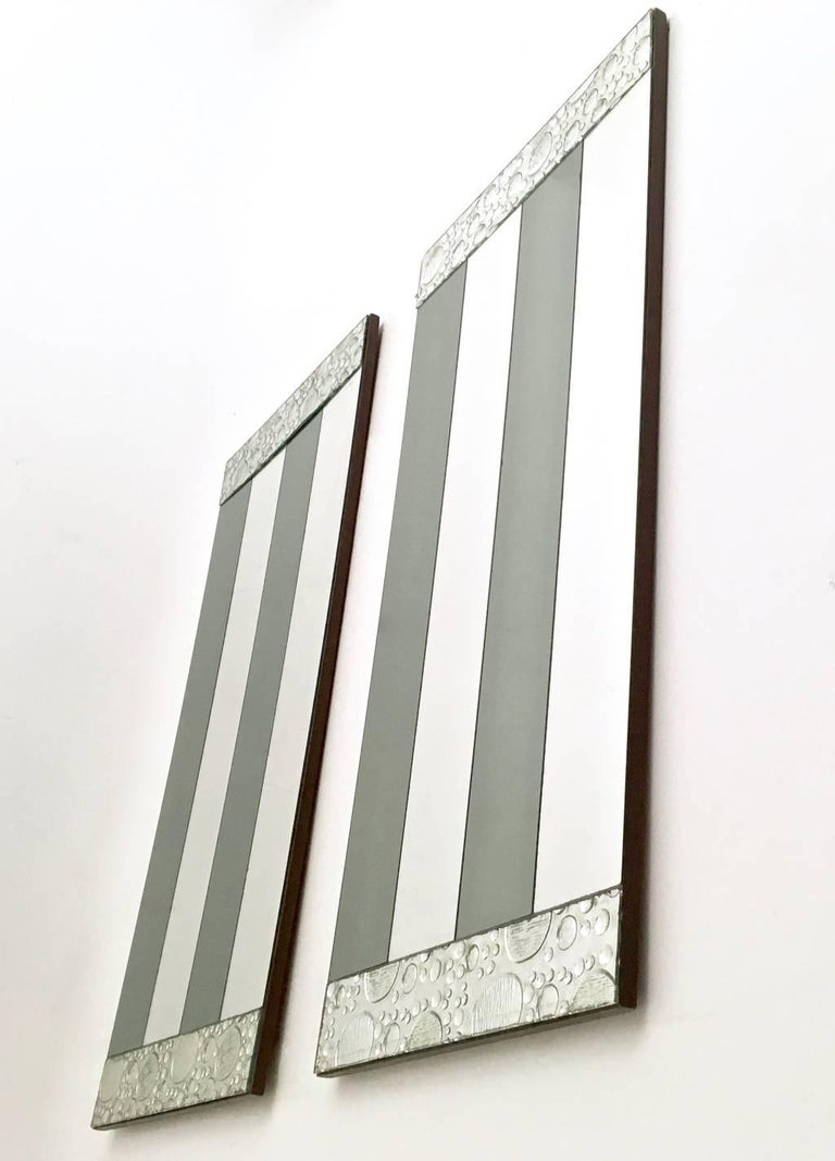 Italian Pair of Striped Rectangular Wall Mirrors with Wooden Frame, Italy, 1970s For Sale