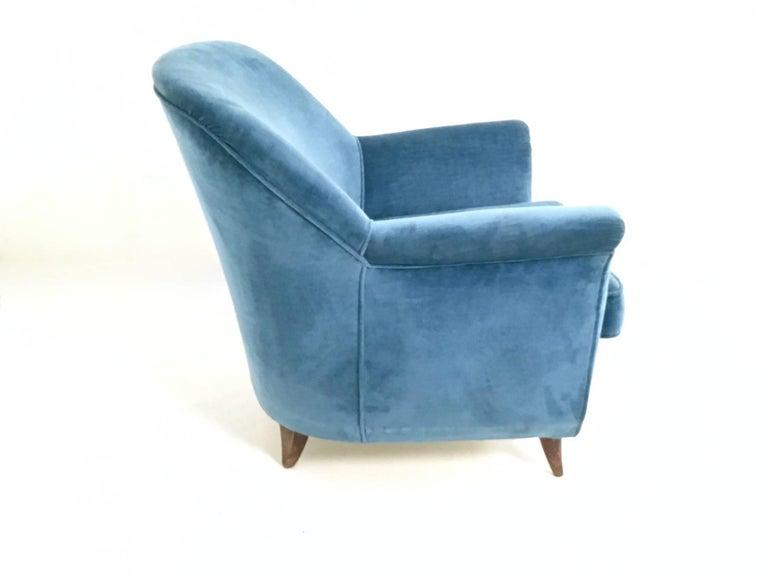 Mid Blue Velvet Living Room Set, Italy, 1950s For Sale 2