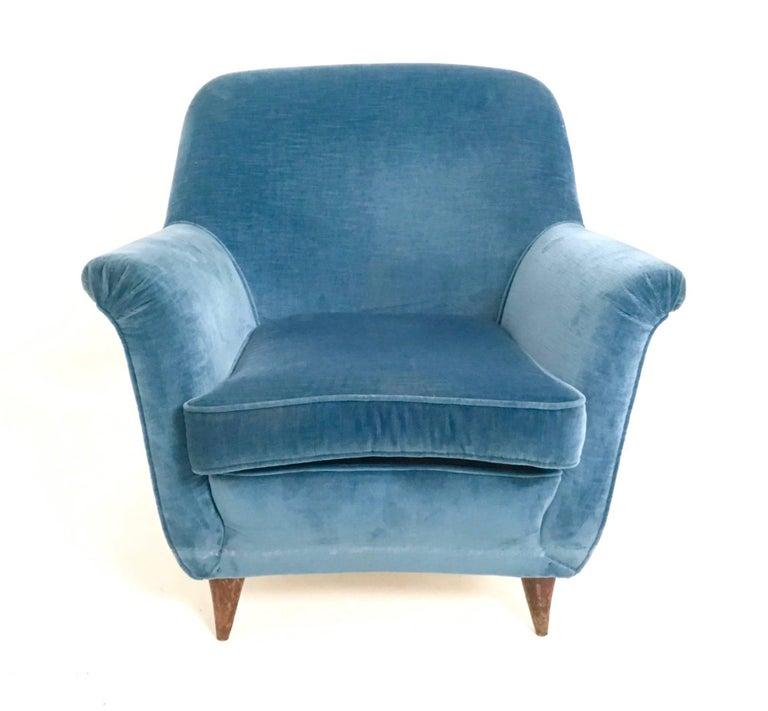Mid Blue Velvet Living Room Set, Italy, 1950s For Sale 1