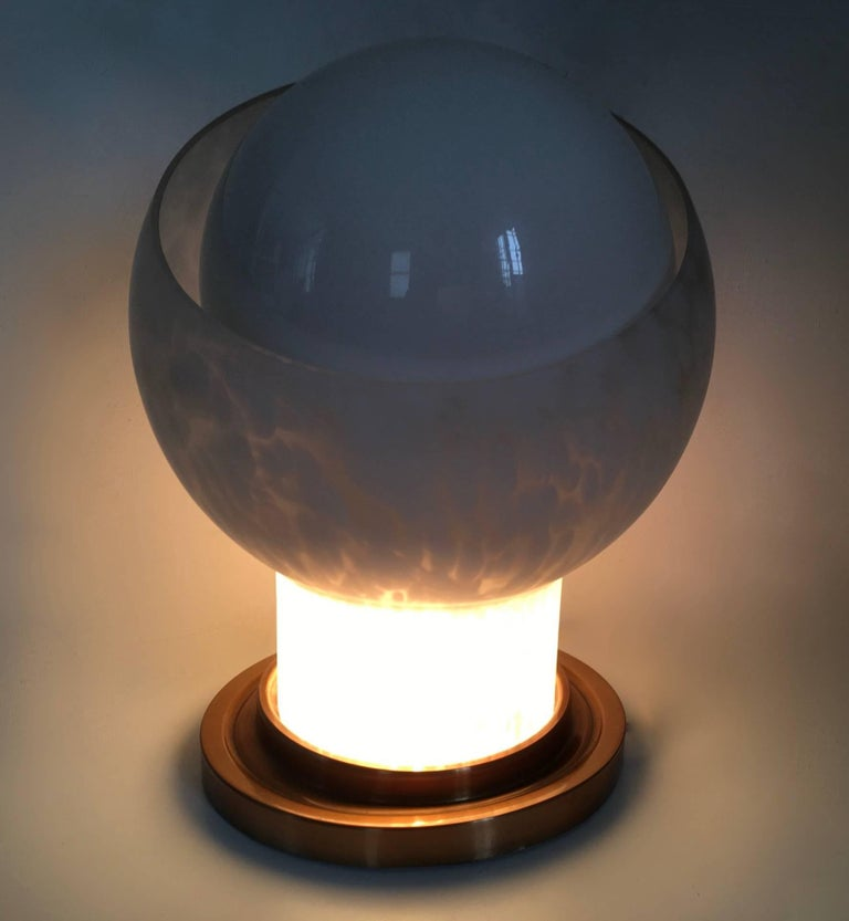 Blown Glass Table Lamp by Mazzega, Italy, 1970s In Excellent Condition For Sale In Bresso, Lombardy