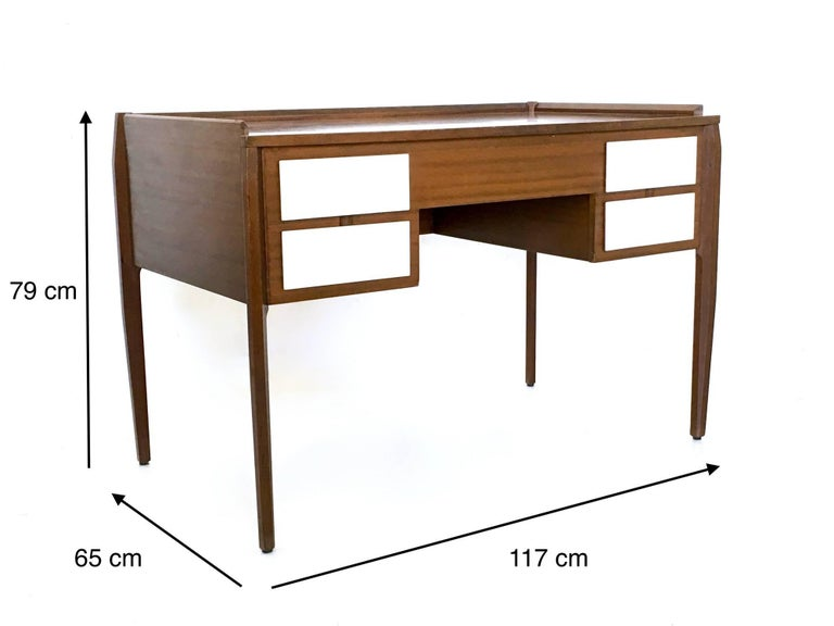 Pair of Mahogany Writing Desks in the Style of Gio Ponti, Italy, 1950s-1960s For Sale 11