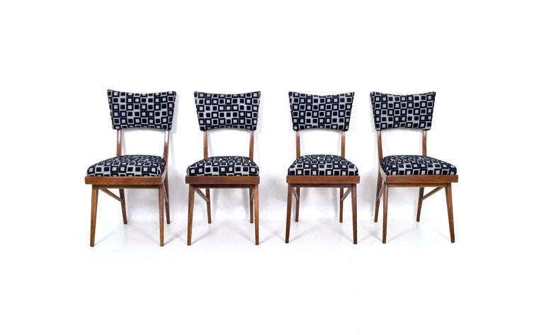 Italian Set of Four Black and White Mahogany Chairs in the Style of Ico Parisi, 1950s For Sale