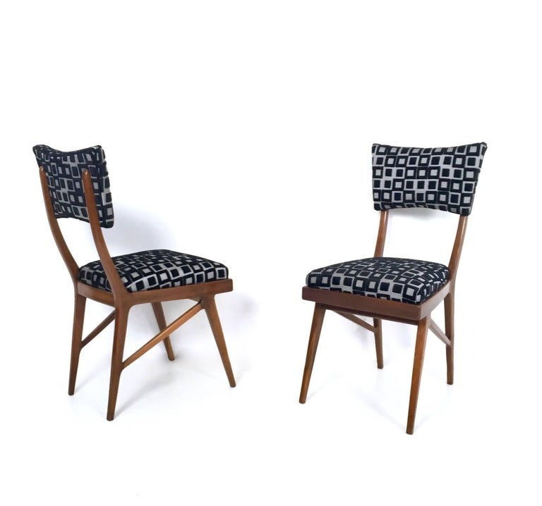 Mid-20th Century Set of Four Black and White Mahogany Chairs in the Style of Ico Parisi, 1950s For Sale