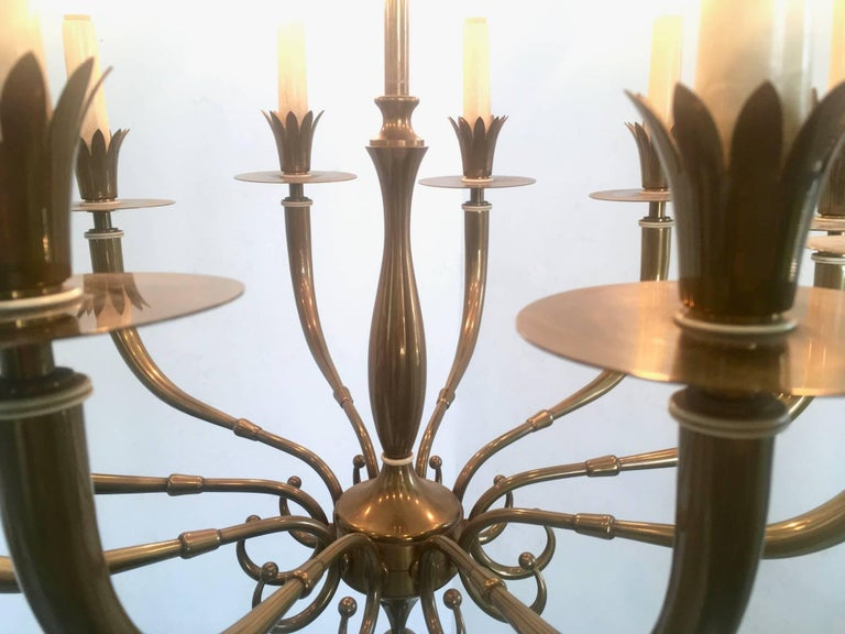 Ten-Arm Brass Chandelier Attributed to Gio Ponti and Emilio Lancia, Italy, 1940s For Sale 4